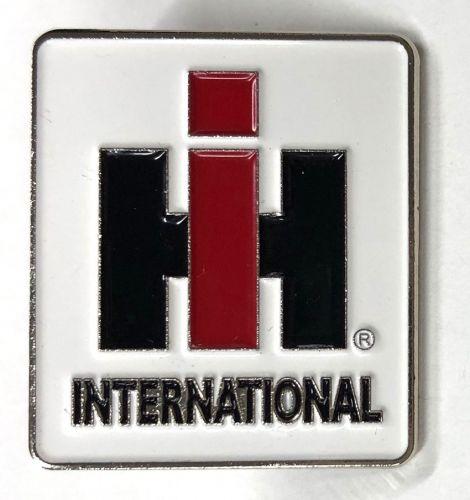 International Truck Tractor Farming Metal Badge/Lapel-pin