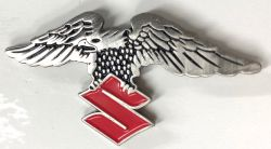 Winged Eagle Suzi Red Badge/Lapel-Pin