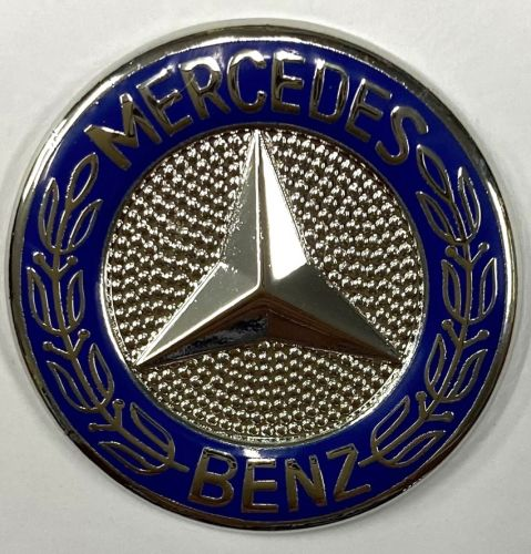 Mercedes Round Metal Badge/Lapel-pin