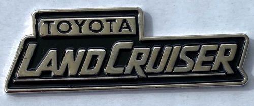 Toyota Landcruiser Big Script Metal Badge/Lapel-pin