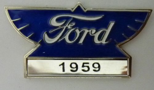 Ford Year Badge/Lapel Pin