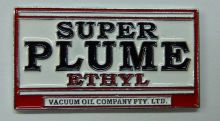 Plume Super Ethyl Badge