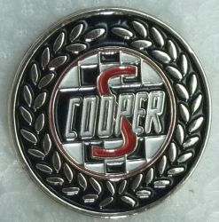 Cooper S Round Wreath Badge
