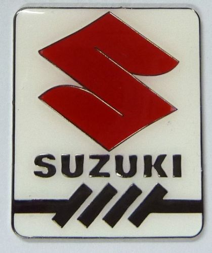 Suzuki Red S Metal Badge